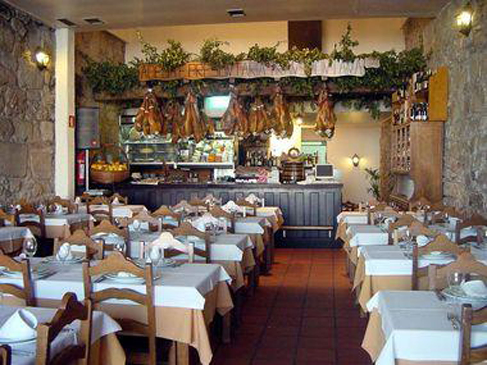 culinary-tours-in-portugal-pt-restaurant