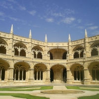 luxury-tours-in-lisbon-portugal