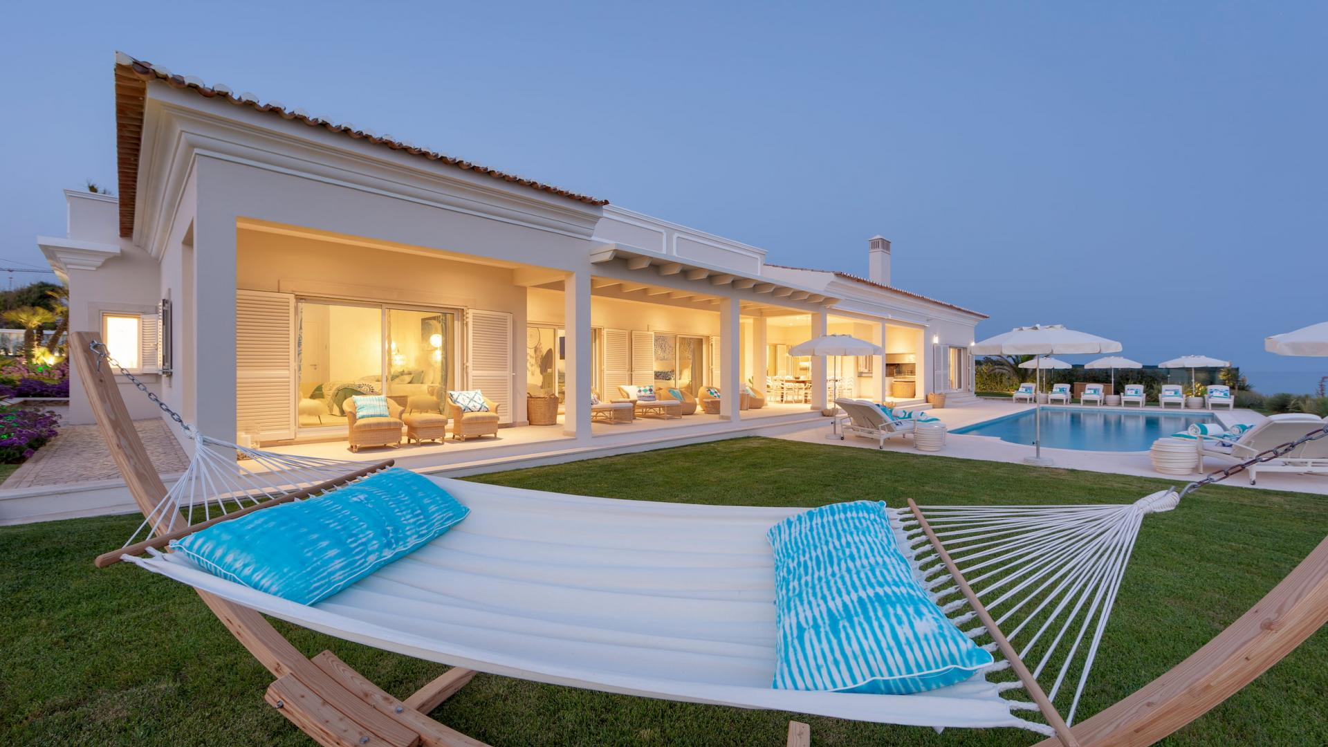 Luxury Villas Rental
